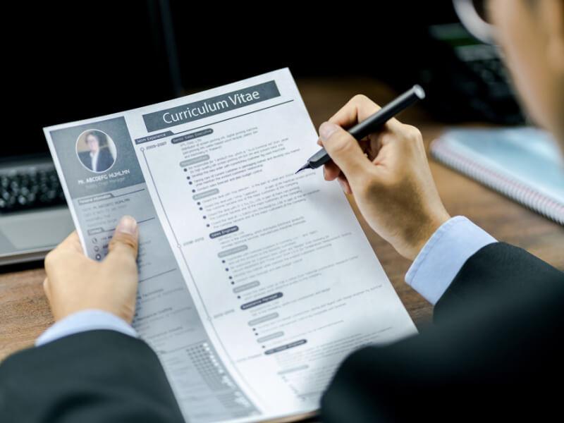 4 sfaturi pentru a curata CV-ul